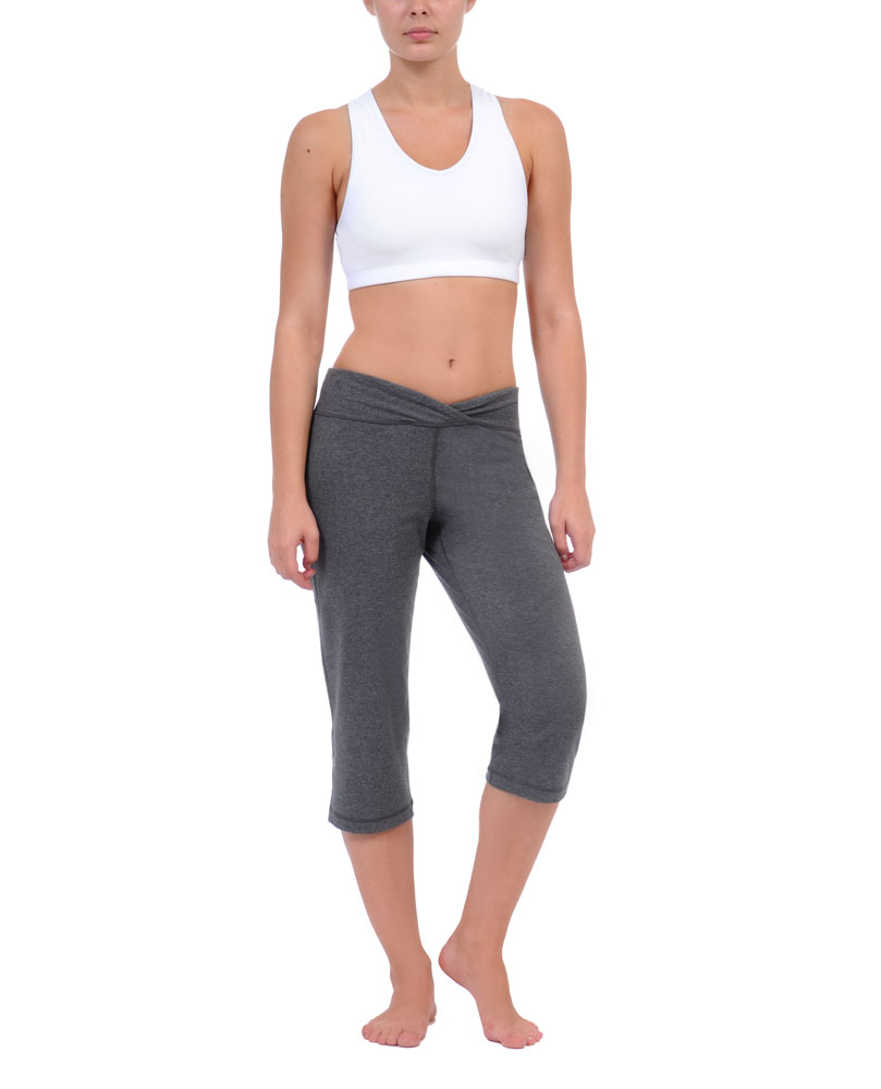 Danskin Women`s Yoga Whisper Relaxed Reversible Crop Pant